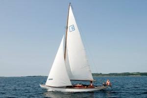 Den 102 årige Sejlbåd Puk er blevet gennemrestaureret af TømmerSven.